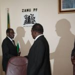 Robert Mugabe makes shock retirement announcement
