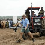 Compensation for Dispossessed White Zimbabwean farmers In Disarray As Rival Groups Fight Each Other