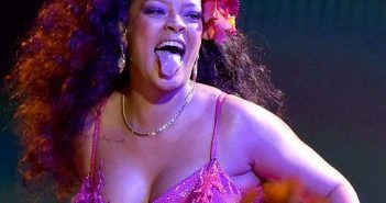 Rihanna performed a South African dance at the Grammys