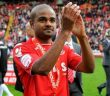 Cray Wanderers bring in midfielder Bradley Pritchard