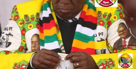 Picture of Zimbabwe President ED Mnangagwa Taking Strange Medication in Front of his Supporters Goes Viral