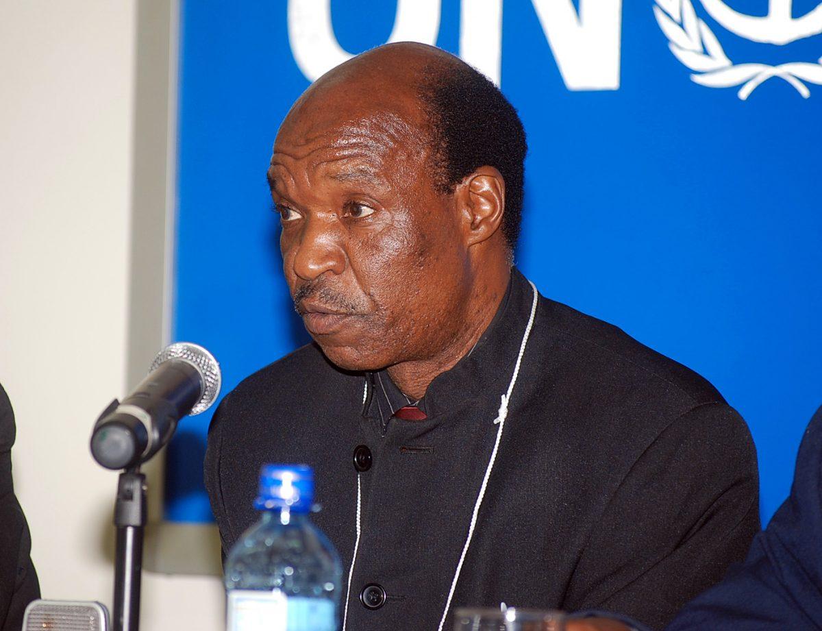 Dead at 76 ... Former Minister Fidelis Mhashu died at Parirenyatwa