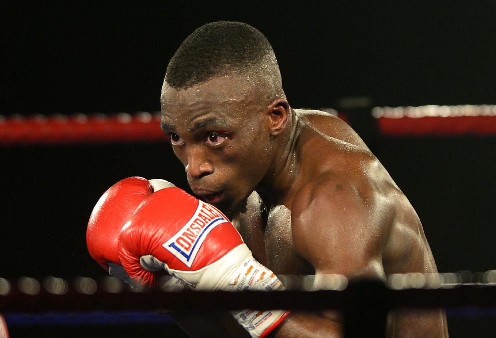 2019-march-boxing-rainton-joe-maphosa-_TCO4713
