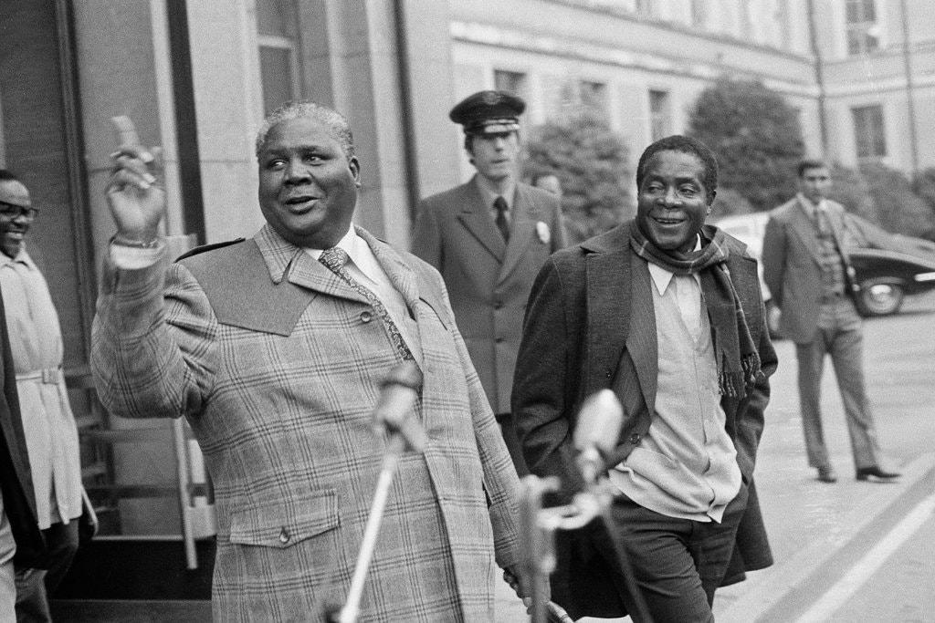 06mugabe-essay-2-jumbo