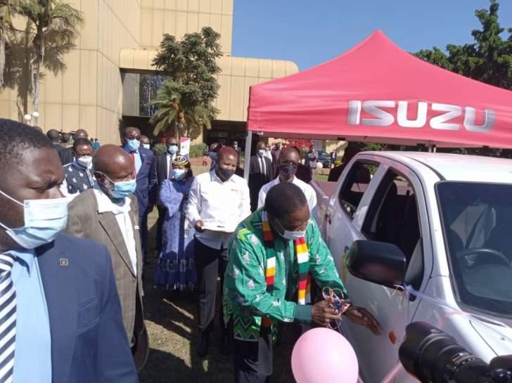 mnangagwa_isuzu_chief