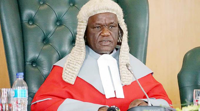 Chief-Justice-Luke-Malaba4