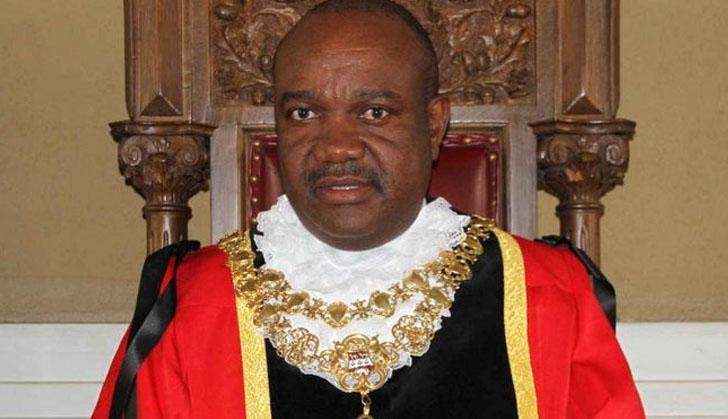 Bernard-Manyenyeni-Hre
