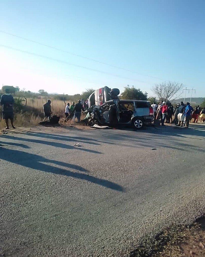 Masvingo-Zvishavane-Accident-Head-On-Collision-Horror-Crash-001