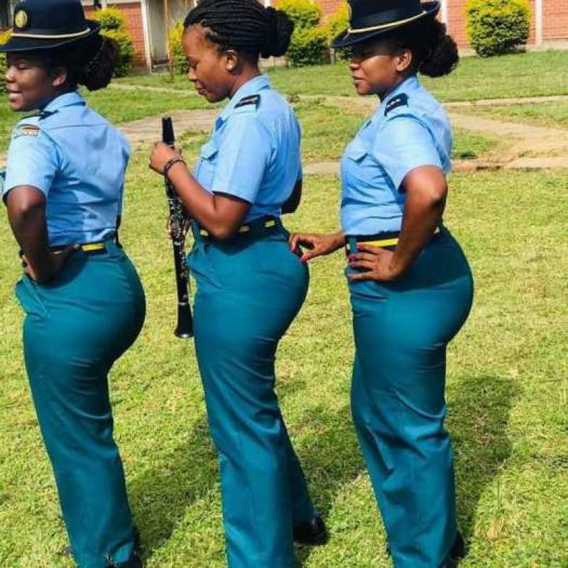 Female-police-officers